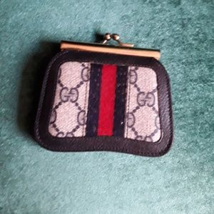 Gucci change purse